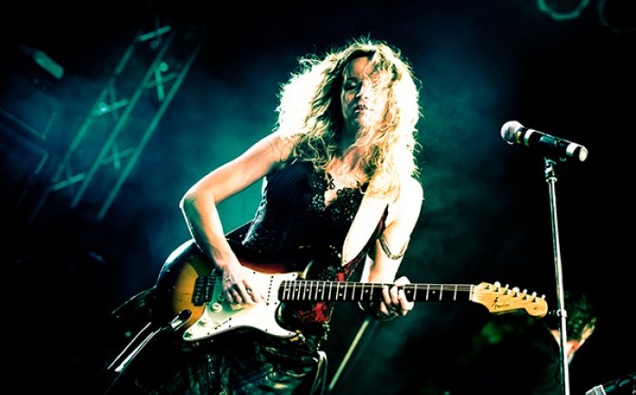 Ana Popovic at Payomet - Live music on Cape Cod